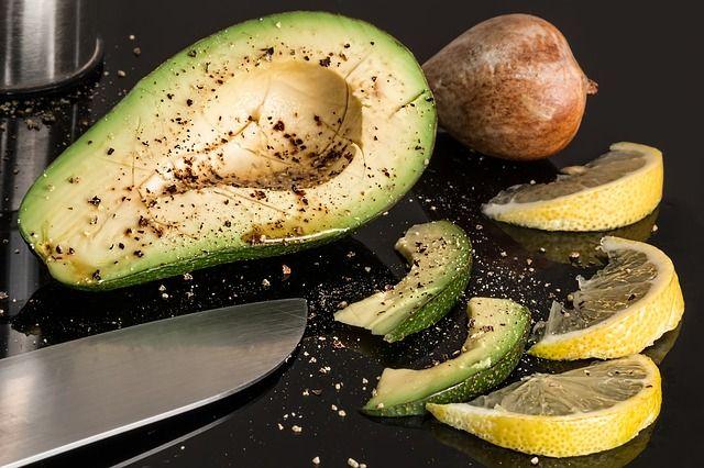 アボカド ダイエットにいい食品 高カロリー高たんぱく高脂質